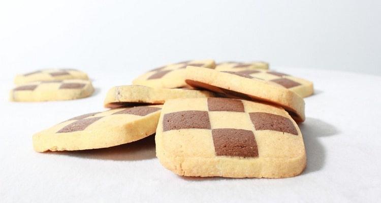 Необычное шахматное печенье с лимоном