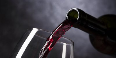 Вино или лечебные свойства вина от целлюлита