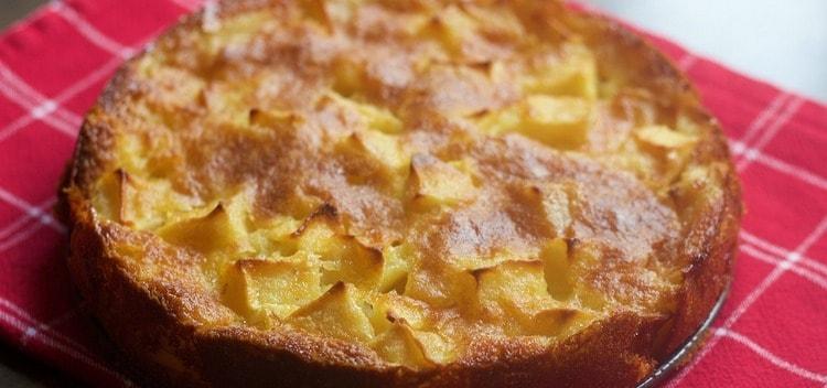 Как приготовить яблочный пирог на скорую руку